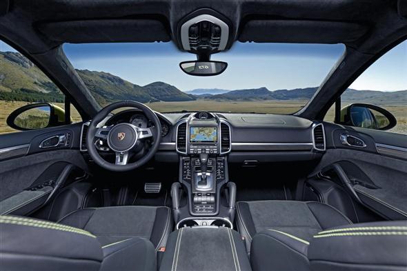 big_Porsche_Cayenne_GTS_Salone_di_Pechino_2012_03