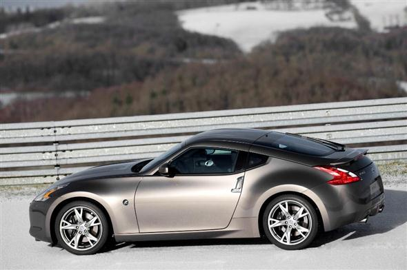 nissan-370z-lateral4