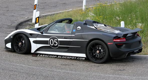 2014-Porsche-918-Spyder-8