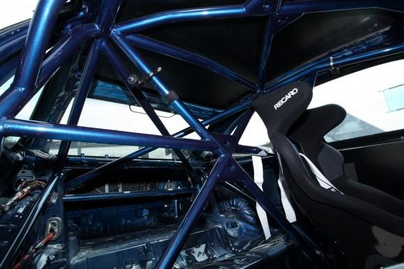 MR Car Design convierte tu BMW M3 CSL en todo un coche de carreras