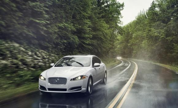 Jaguar amplía su gama con los XF y XJ con tracción integral