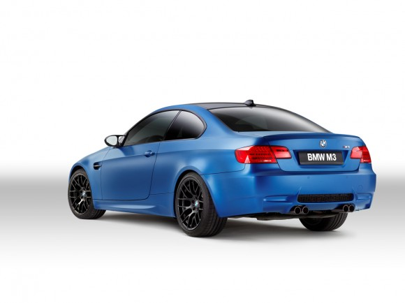 002-2013-bmw-m3-frozen-edition