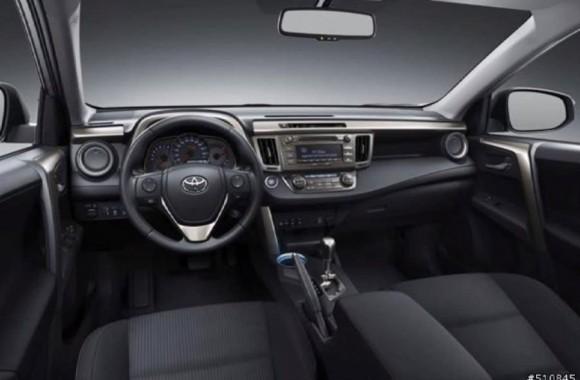 2013-Toyota-RAV4-Leaked-2