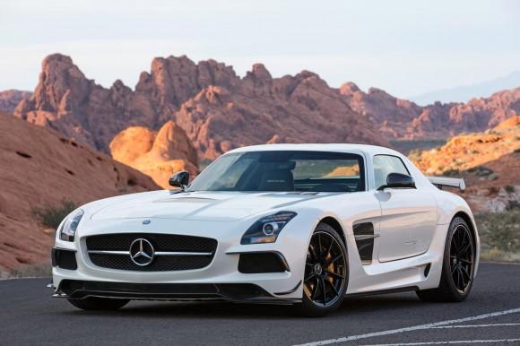 Mercedes-SLS-AMG-Black-Series-11