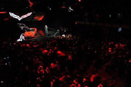 10-2014-chevrolet-corvette-reveal