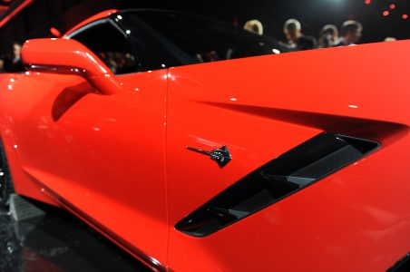 15-2014-chevrolet-corvette-reveal