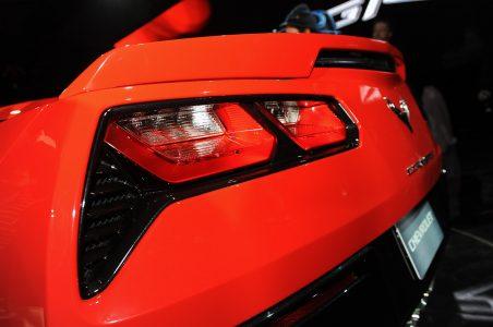 24-2014-chevrolet-corvette-reveal