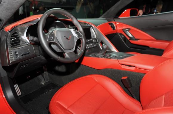 33-2014-chevrolet-corvette-reveal