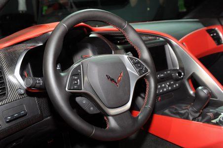 34-2014-chevrolet-corvette-reveal