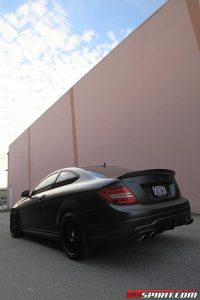 Mercedes C63 AMG Coupe Fantasy Dark Carbon Mode