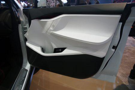 tesla-model-x-detroit-2013-13