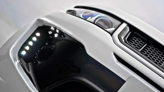 Kahn Fuji White RS250, directo a Ginebra