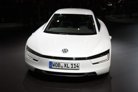 002-volkswagen-xl1-geneva-2013