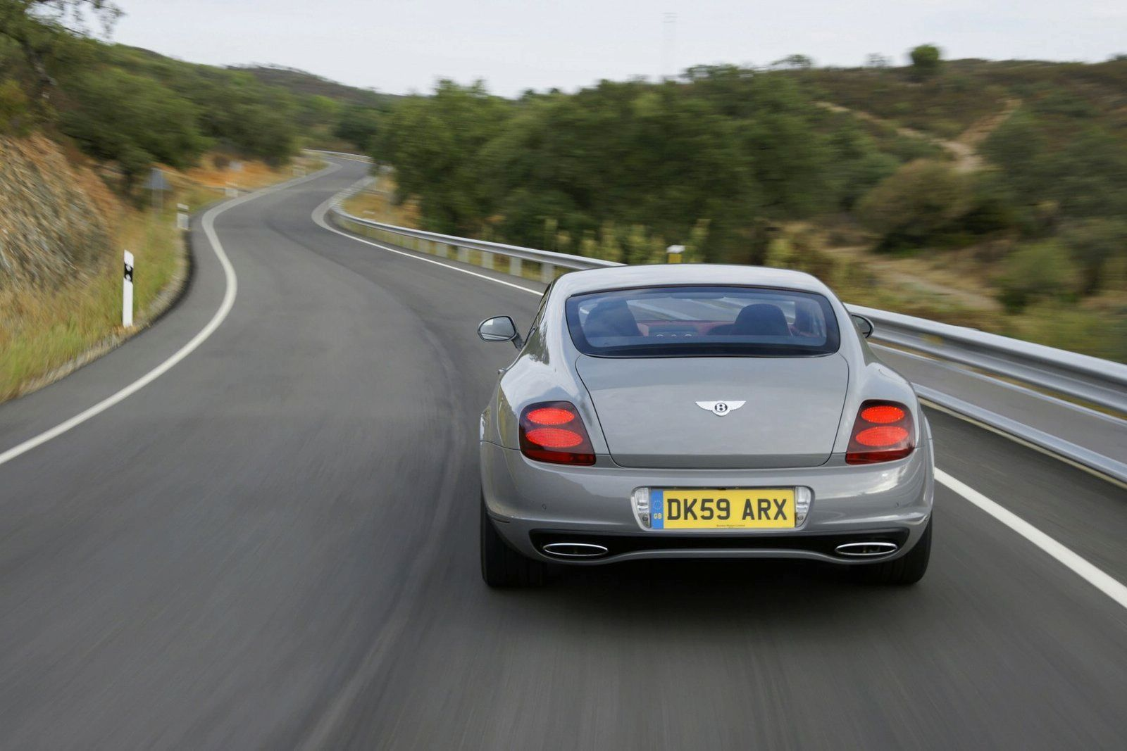 bentley-continental-supersports-45