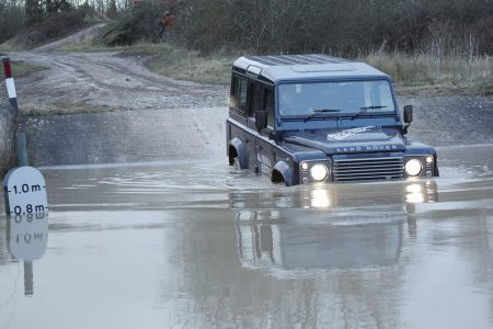 land-rover-defender-electric-152