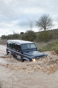 land-rover-defender-electric-173