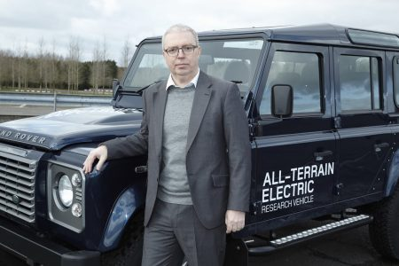 land-rover-defender-electric-32