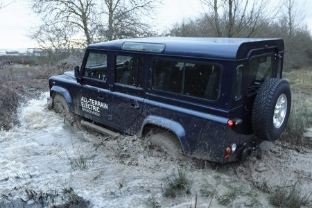 land-rover-defender-electric-92
