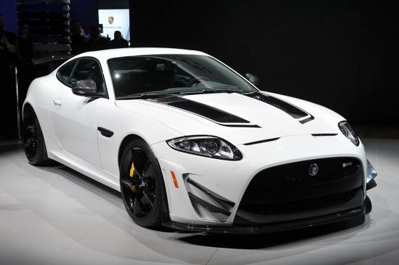 01-2014-jaguar-xkr-s-gt-new-york
