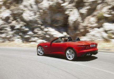 2013-jaguar-f-type_100403262_l