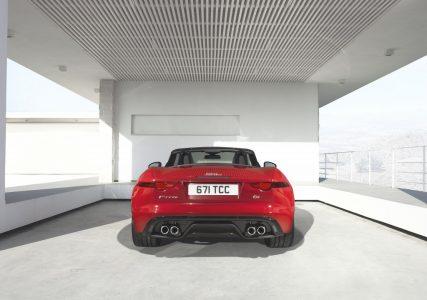 2013-jaguar-f-type_100403264_l