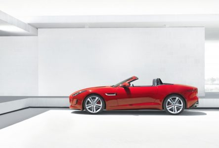 2013-jaguar-f-type_100403265_l