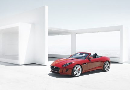 2013-jaguar-f-type_100403267_l