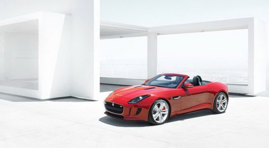 2014-jaguar-f-type-leaked_100403186_l