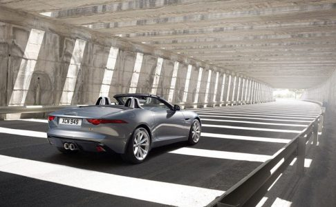 2014-jaguar-f-type-leaked_100403196_l