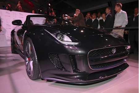 2014-jaguar-f-type_100403289_l