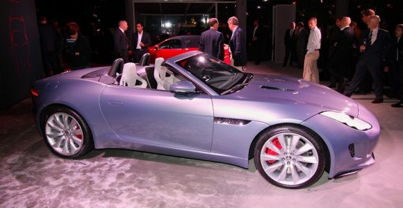 2014-jaguar-f-type_100403302_l