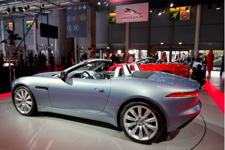 2014-jaguar-f-type_100403592_l