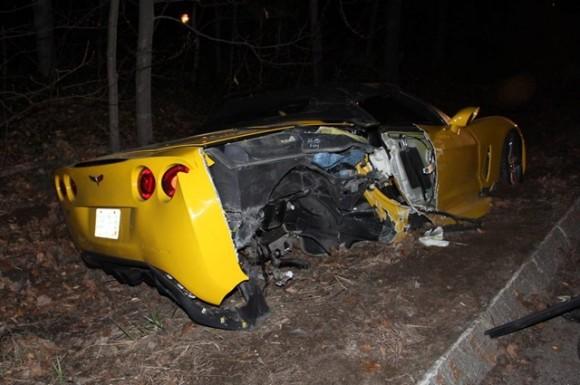 Corvette-C6-accidente