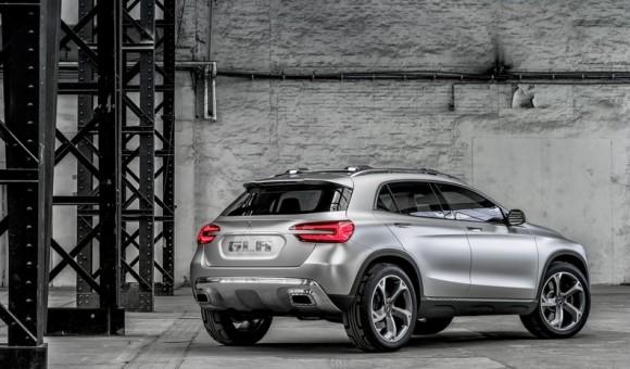 Mercedes-Benz-GLA-Concept-5