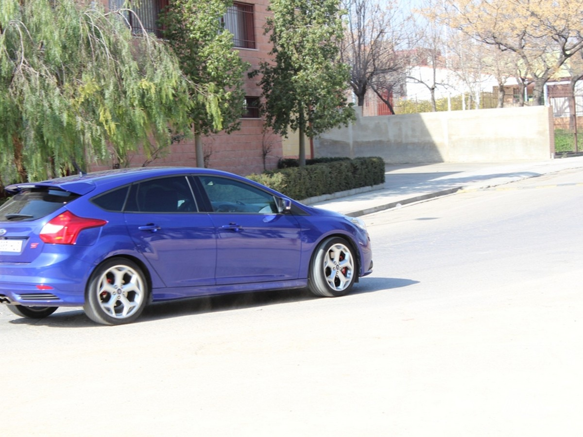 ford-focus-st-ma-9
