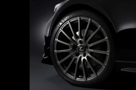 TRD nos muestra su personal visión del Lexus IS