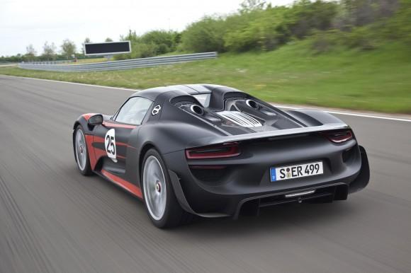 Porsche-918-Spyder-6[7]