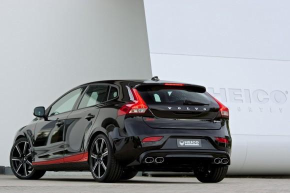 Volvo-V40-Heico-Pirelli-Edition-I[2]