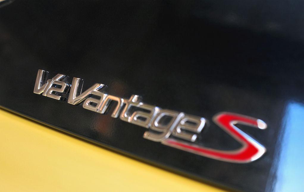 aston-martin-v12-vantage-s-10-1024×648