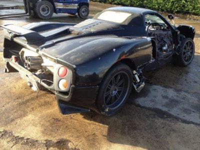 A la venta un Pagani Zonda Roadster destrozado