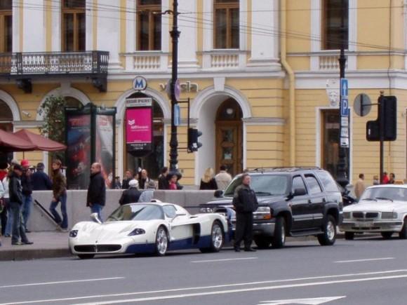 ¿Quieres un Maserati MC12? 700.000 euros y es tuyo