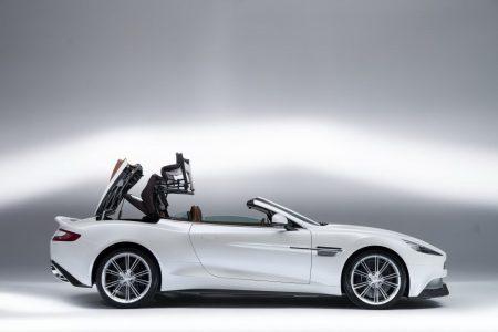 new-aston-martin-vanquish-volante-095
