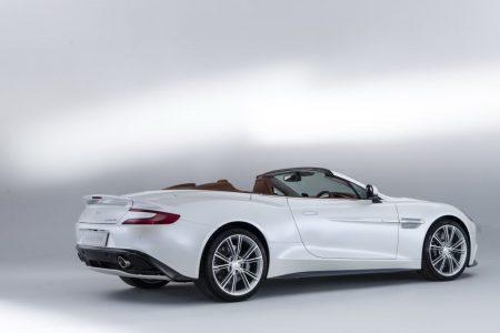 new-aston-martin-vanquish-volante-1115