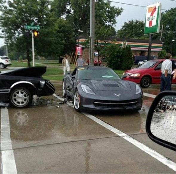 Corvette-Crash-1