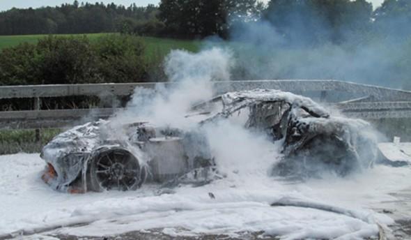 GTspirit-SLR-722-Fire