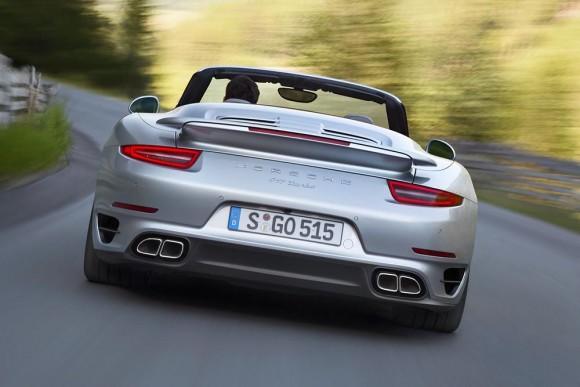 Porsche-911-Turbo-Cabriolet-13