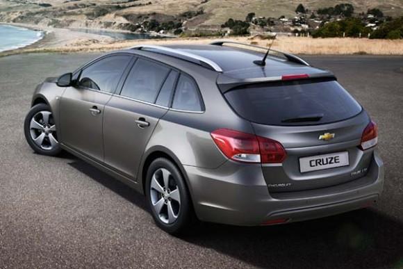 Chevrolet Cruze 2014, cada vez más cerca