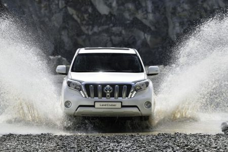 toyota-land-cruiser-2014-1