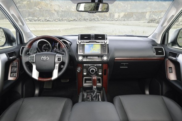 toyota-land-cruiser-2014-5
