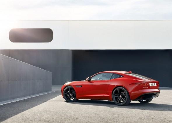 Jaguar F-Type Coupé, nunca una elección fue tan difícil 2